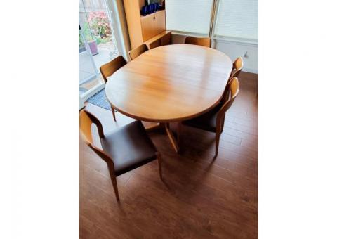 Mid - Century Modern, Collectors Set, Moller, Teak Table and Chairs